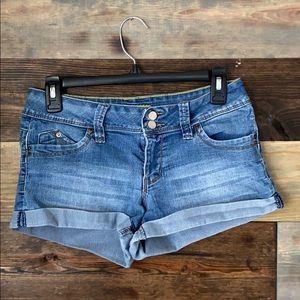 🌻3/20$ Women's YMI Shorts Size 5